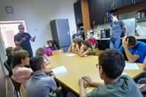 Вчора відбулася чергова зустріч підліткового клубу JuniorClub. Почали розбирати